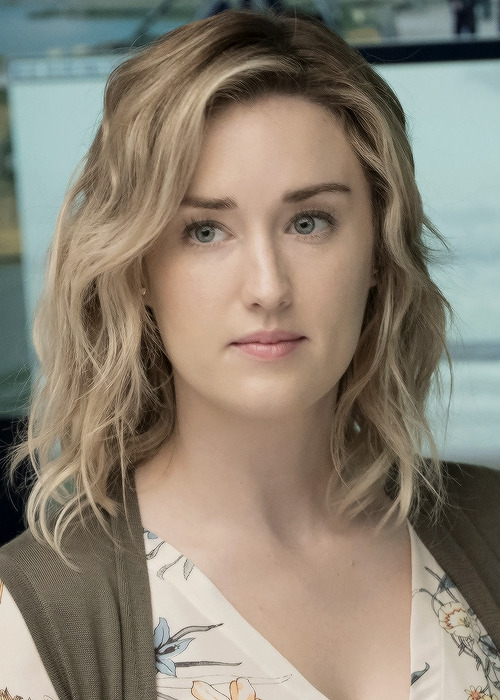 Ashley-Johnson-Sexy-Pictures