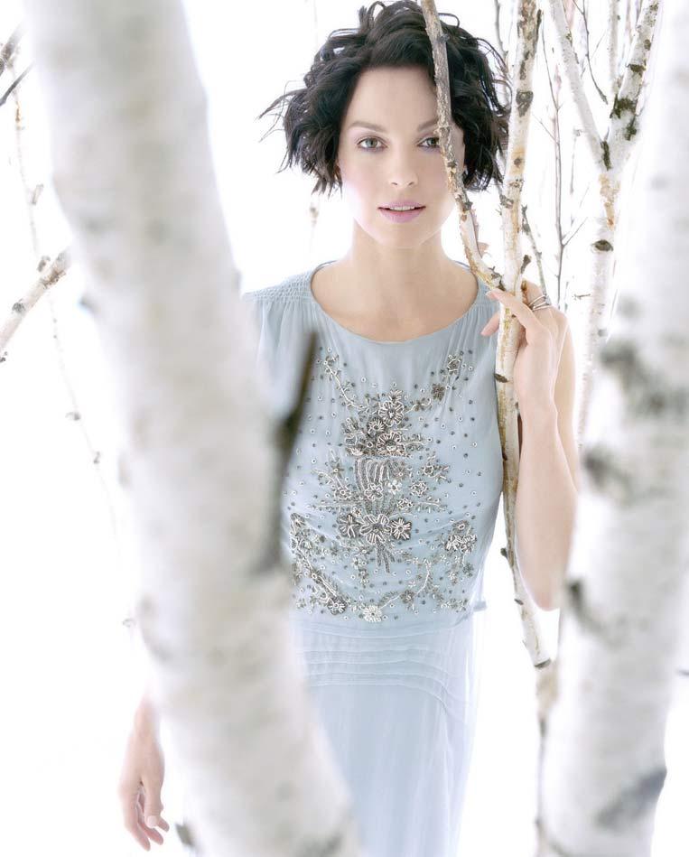 Ashley-Judd-Hot-Photos