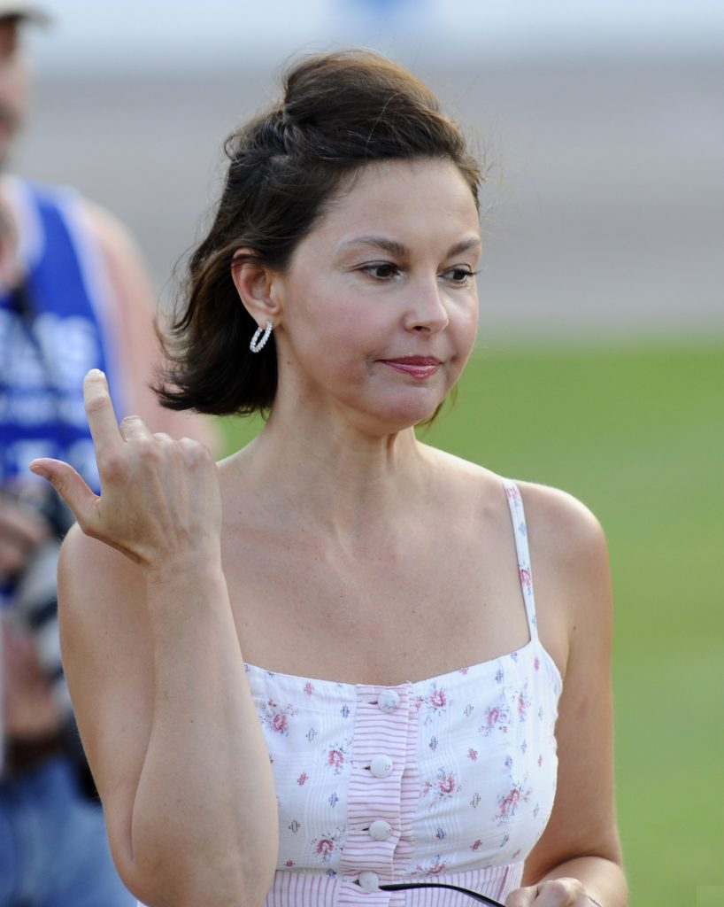 Ashley-Judd-Images-Gallery