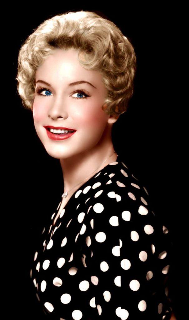 Barbara-Eden-Young-Age-Pics