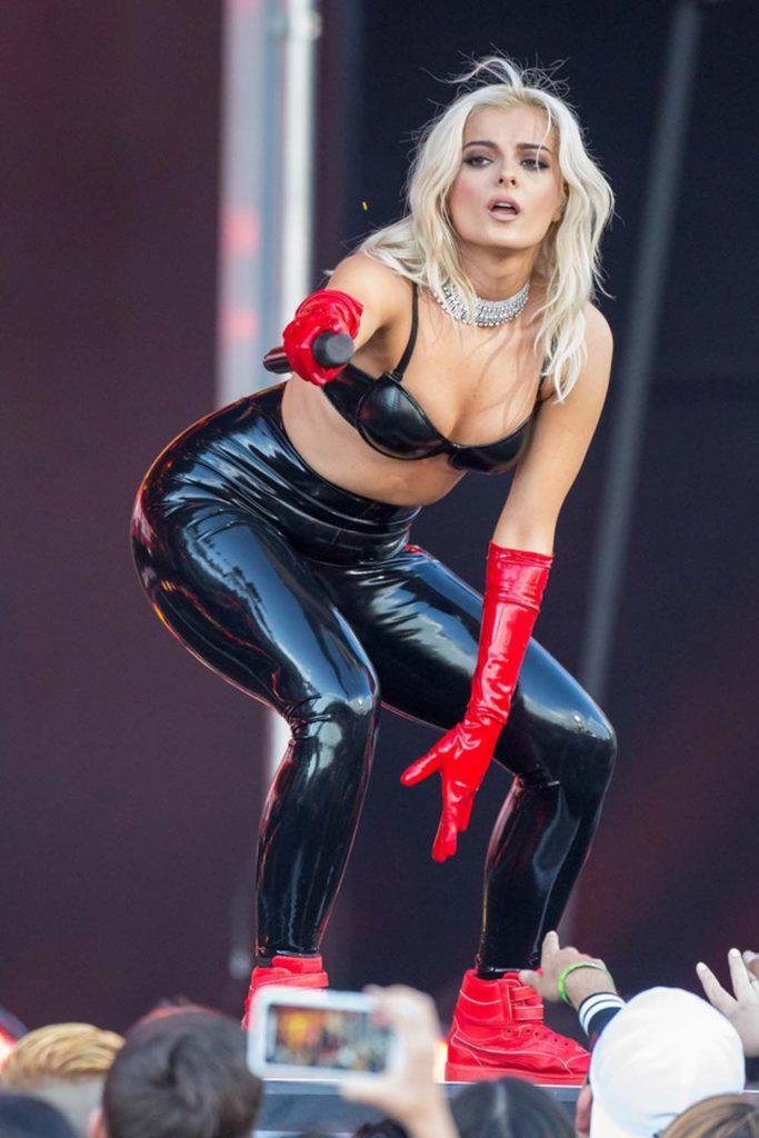 Bebe-Rexha-Leggings-pics