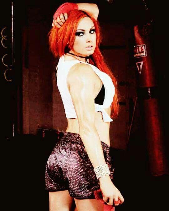 Becky-Lynch-Butt-Photos