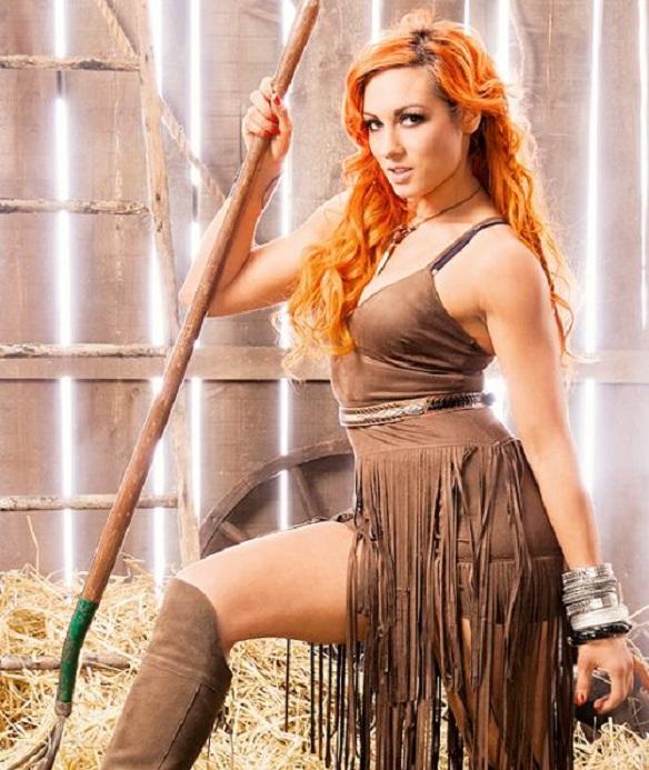 Becky-Lynch-Thighs-Photos