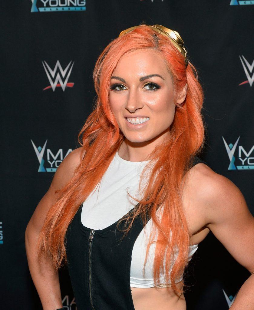 Becky-Lynch-hair-Style-Photos