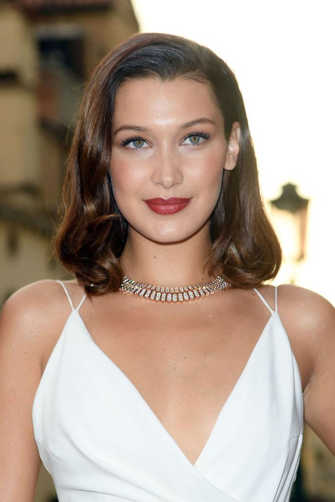 Bella-Hadid-Makeup-Photos