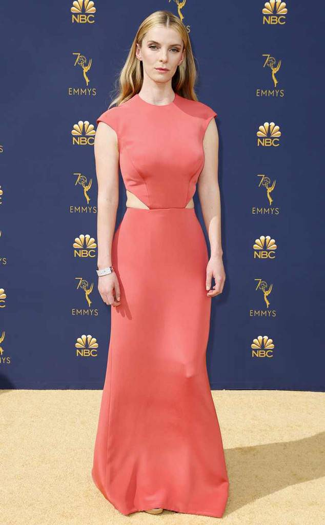 Betty-Gilpin-Gown-Images