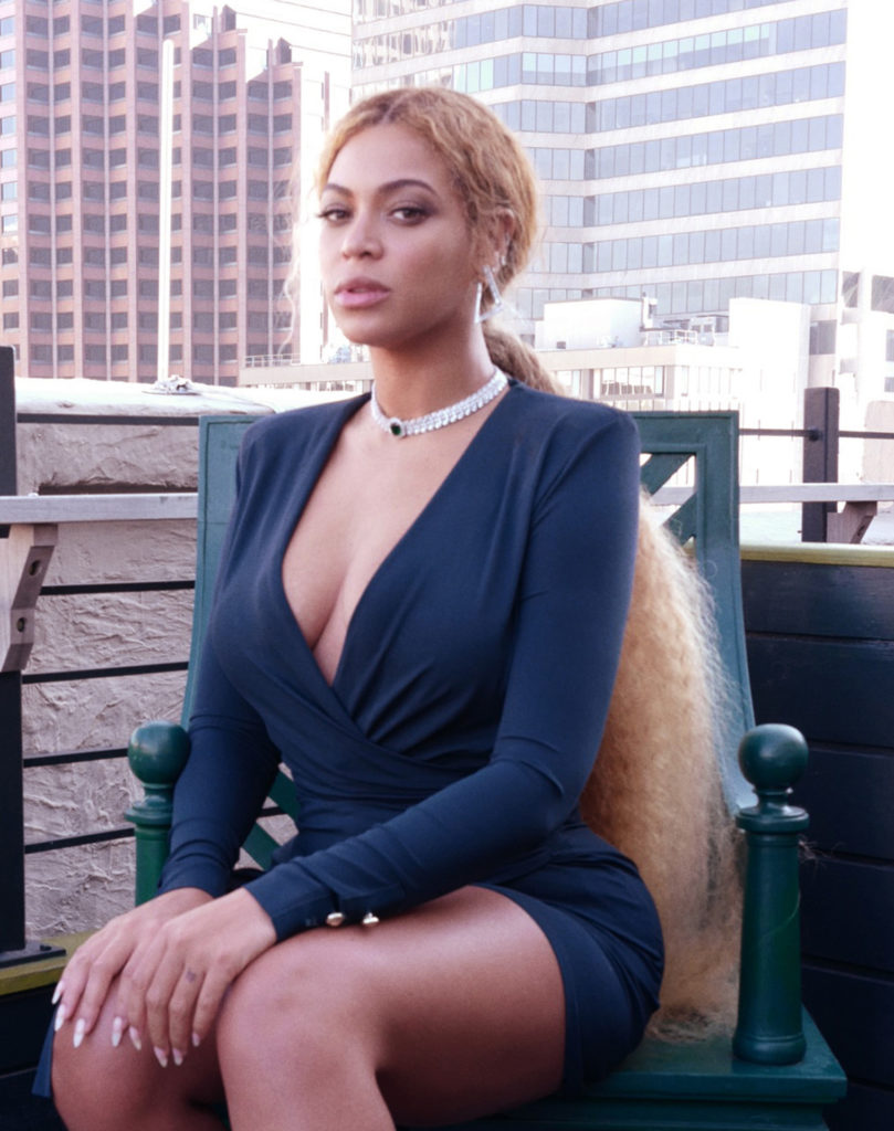 Beyonce-Thighs-Images