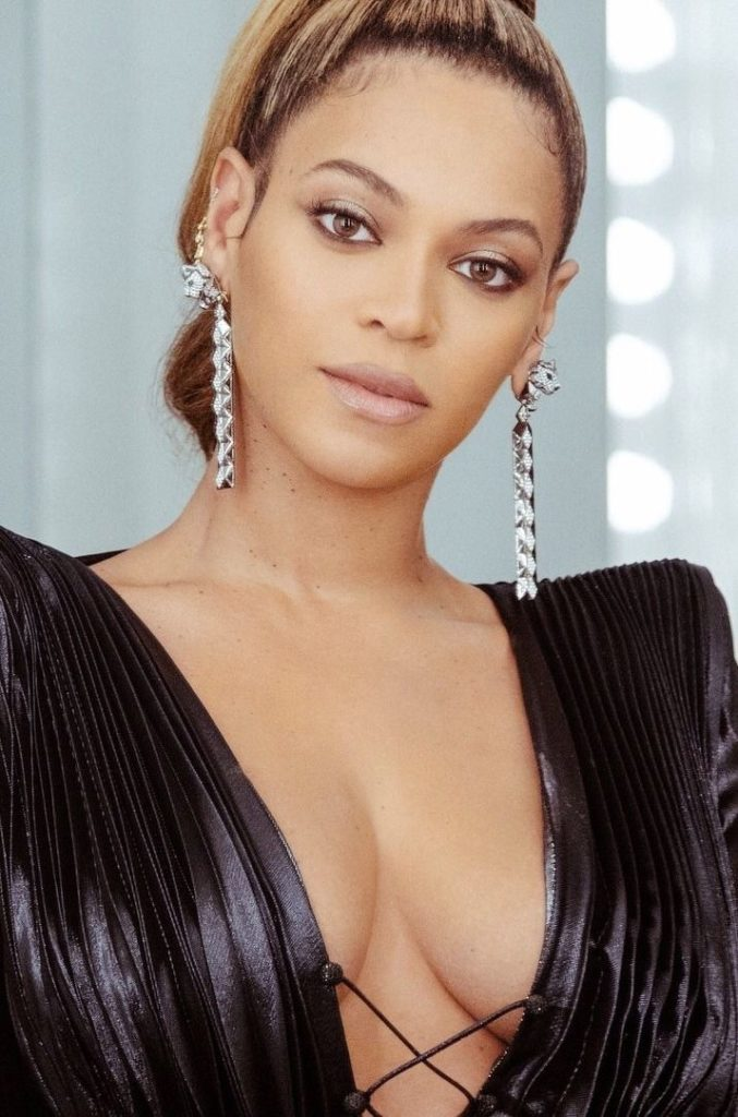 Beyonce-Topless-Wallpapers