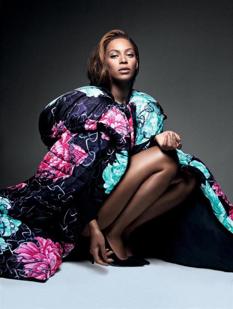 Beyonce-Undergarments-Photos