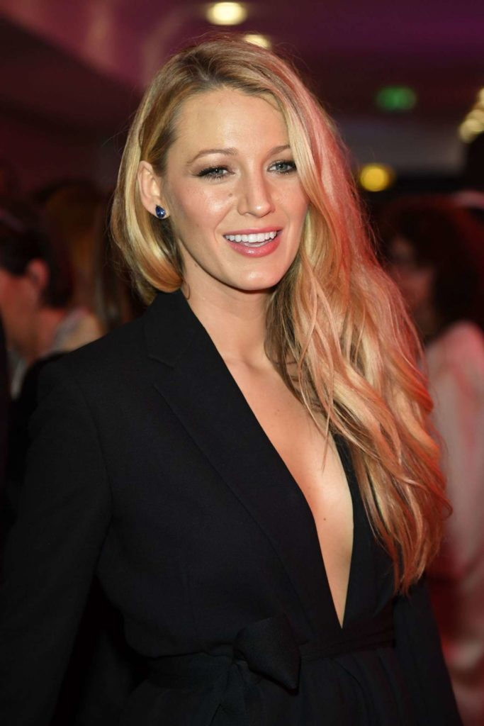 Blake-Lively-Breasts-Pictures