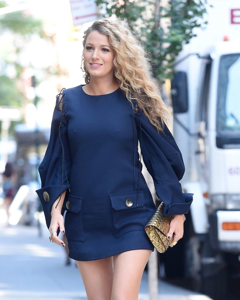 Blake-Lively-Shorts-Pictures