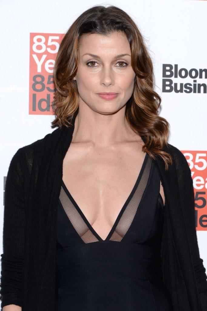 Bridget-Moynahan-Breast-Photos