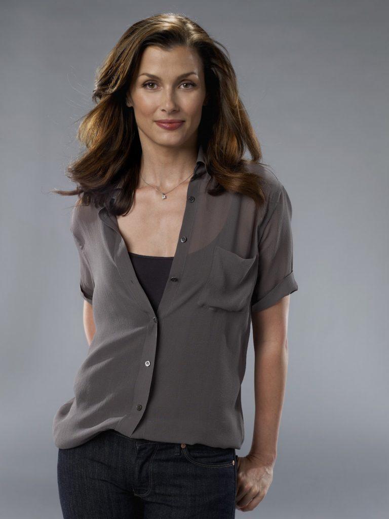 Bridget-Moynahan-Jeans-Wallpapers
