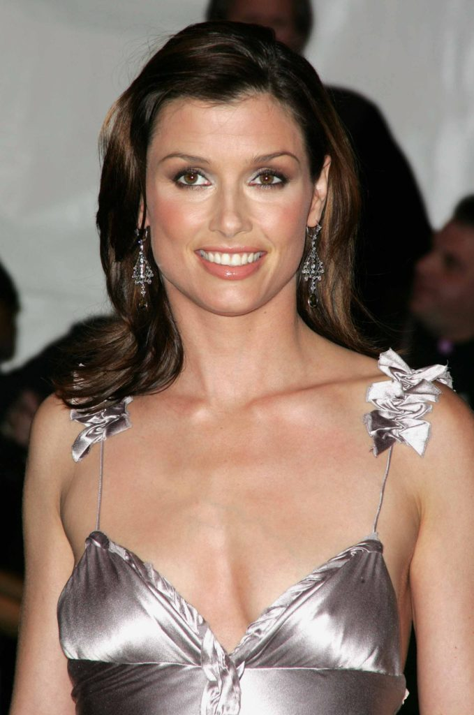 Bridget-Moynahan-Oops-Moment-Pictures