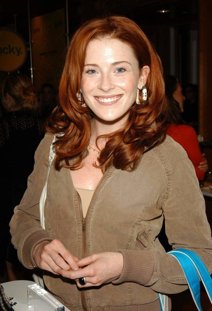 Bridget-Regan-Short-Hair-Wallpapers