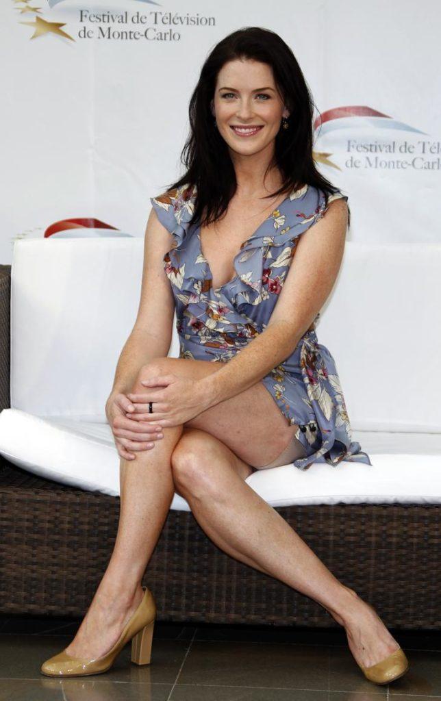Bridget-Regan-Thighs-Photos