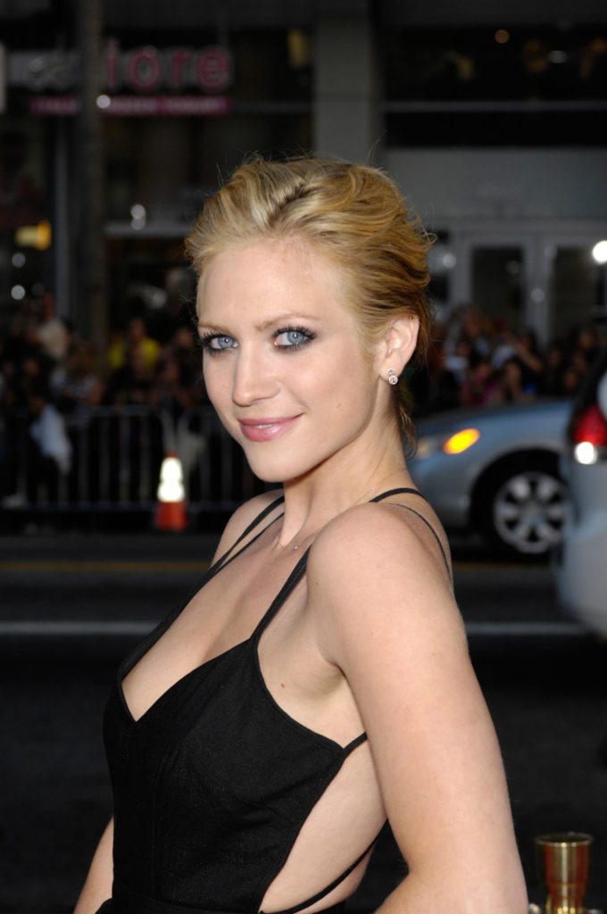 Brittany-Snow-Backless-Images