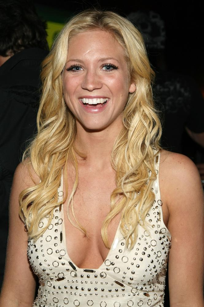 Brittany-Snow-Bathing-Suit-Pics