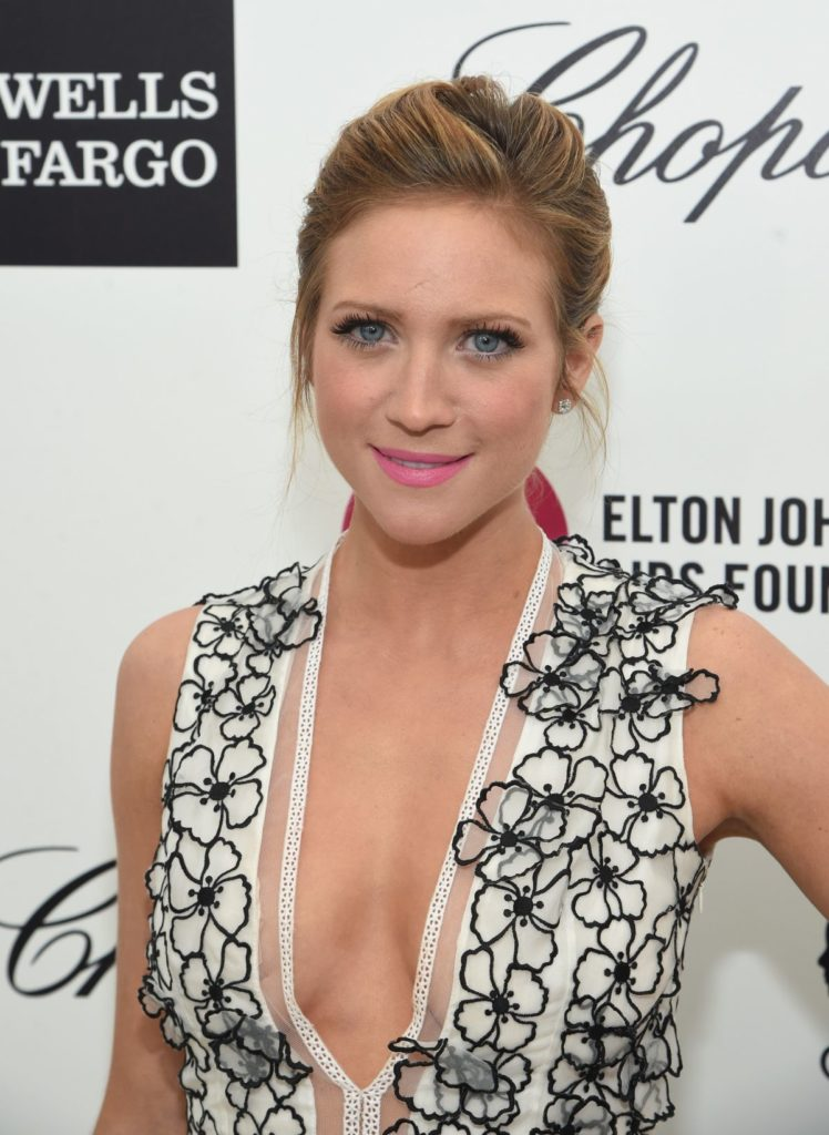 Brittany-Snow-Lingerie-Pictures