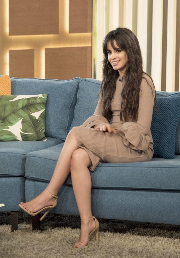 Camila-Cabello-Feet-Photos