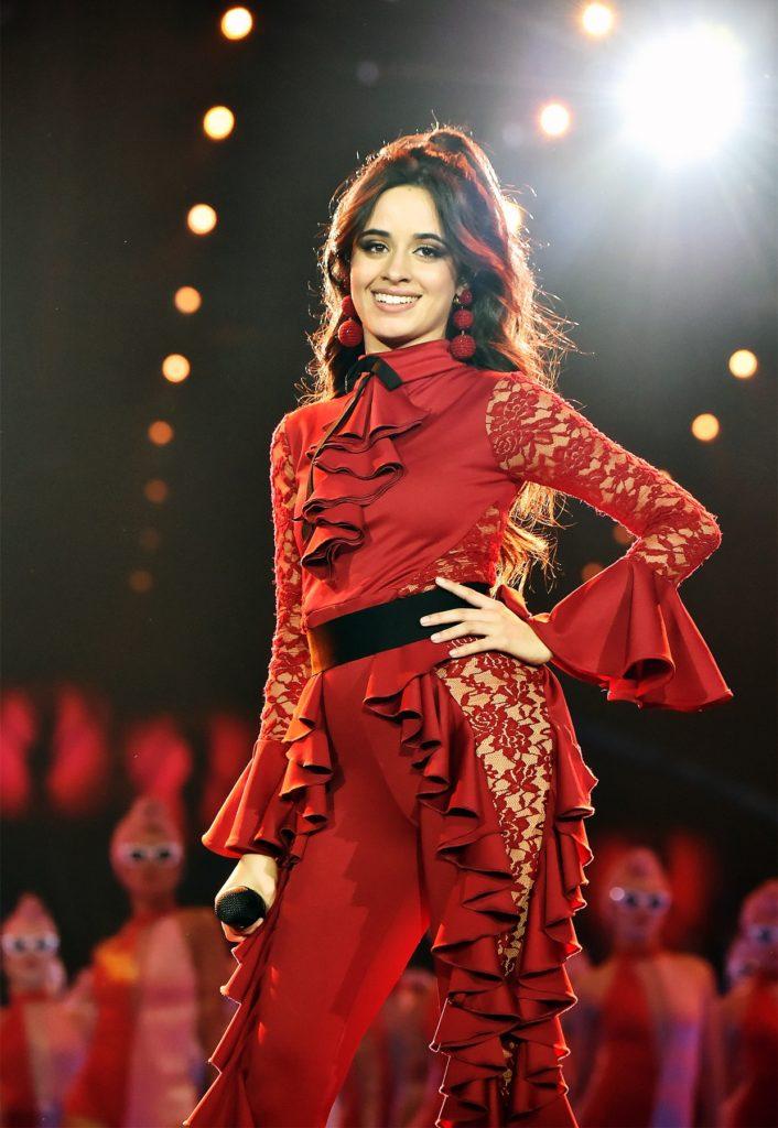 Camila-Cabello-Sexy-Eyes-Pictures