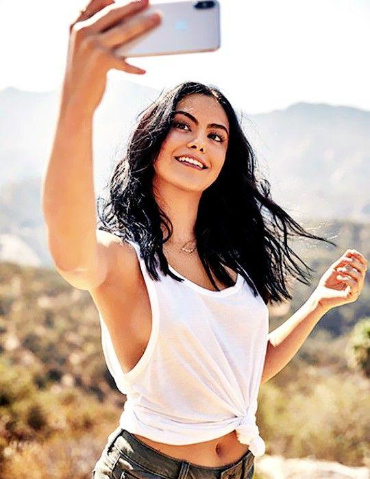 Camila-Mendes-Armpits-Photos