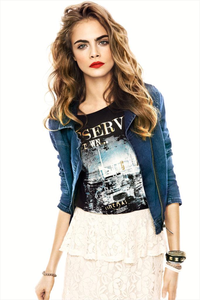 Cara-Delevingne-Hair-Style-Photos