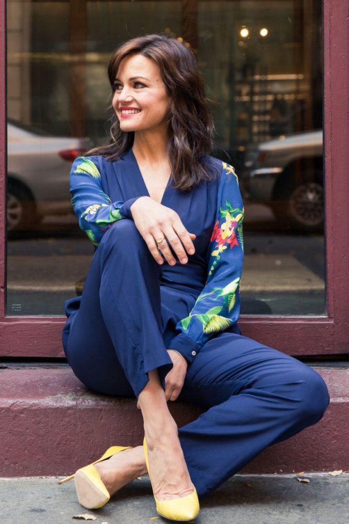 Carla-Gugino-Jeans-Photos