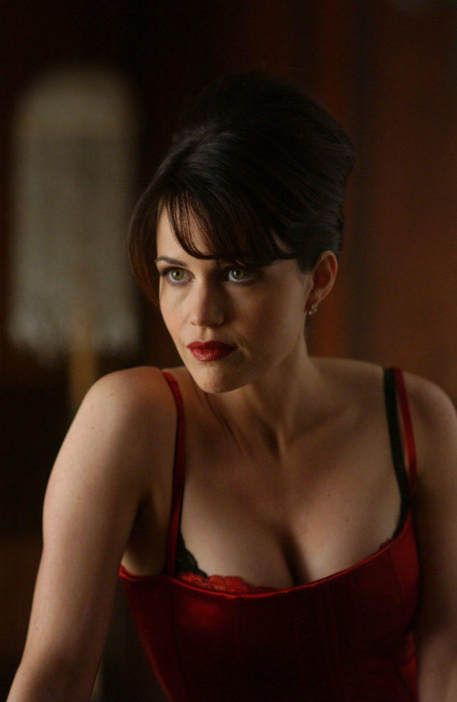 Carla-Gugino-Muscles-Pictures