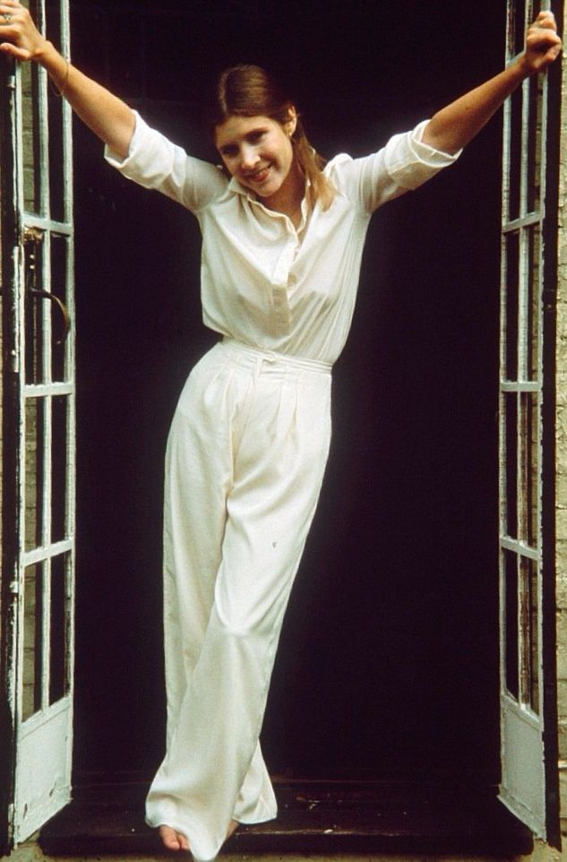 Carrie-Fisher-Leggings-Photos