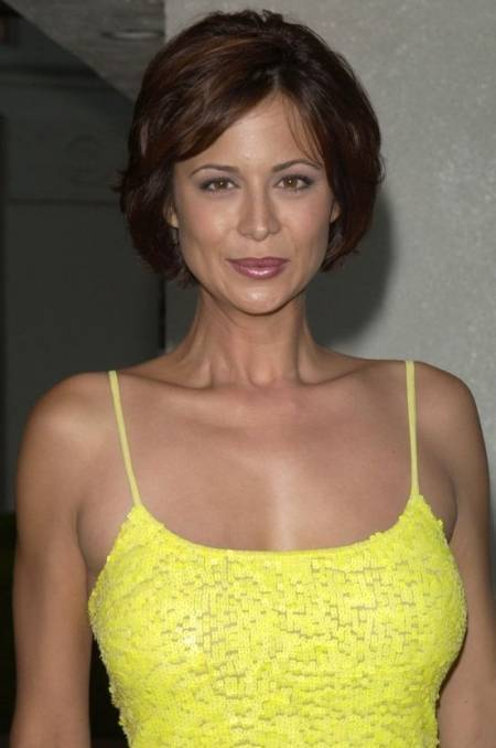 Catherine-Bell-Hot-Sexy-Photos