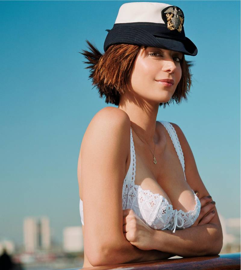 Catherine-Bell-Lingerie-Photos