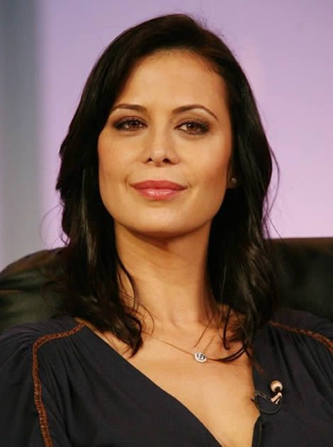 Catherine-Bell-Sexy-Eyes-Pics
