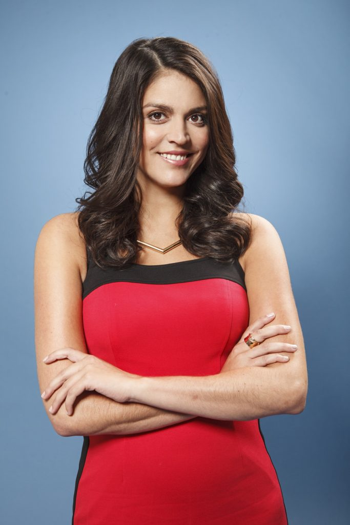 Cecily-Strong-Muscles-Photos