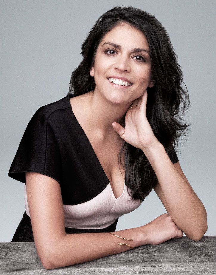 Cecily-Strong-Smile-Wallpapers