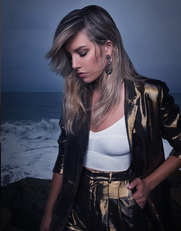Charissa-Thompson-Body-Photos