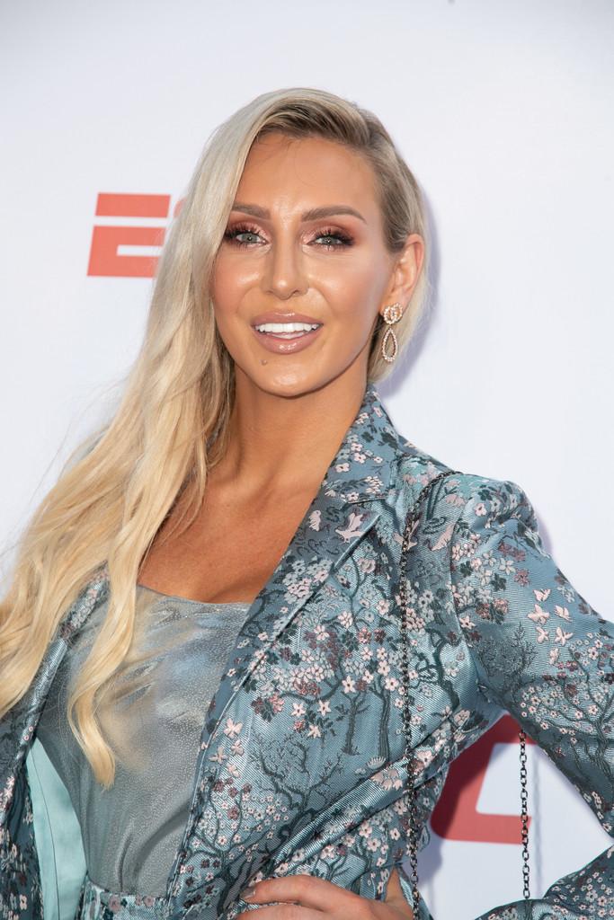 Charlotte-Flair-Makeup-PHotos