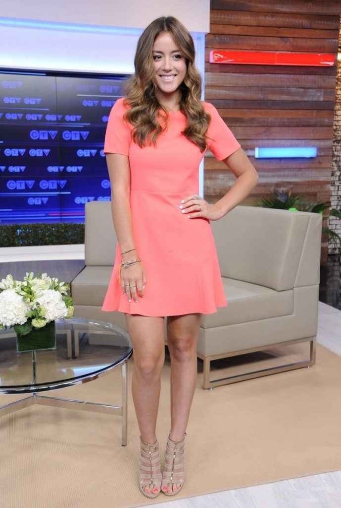 Chloe-Bennet-Sexy-Legs-Images