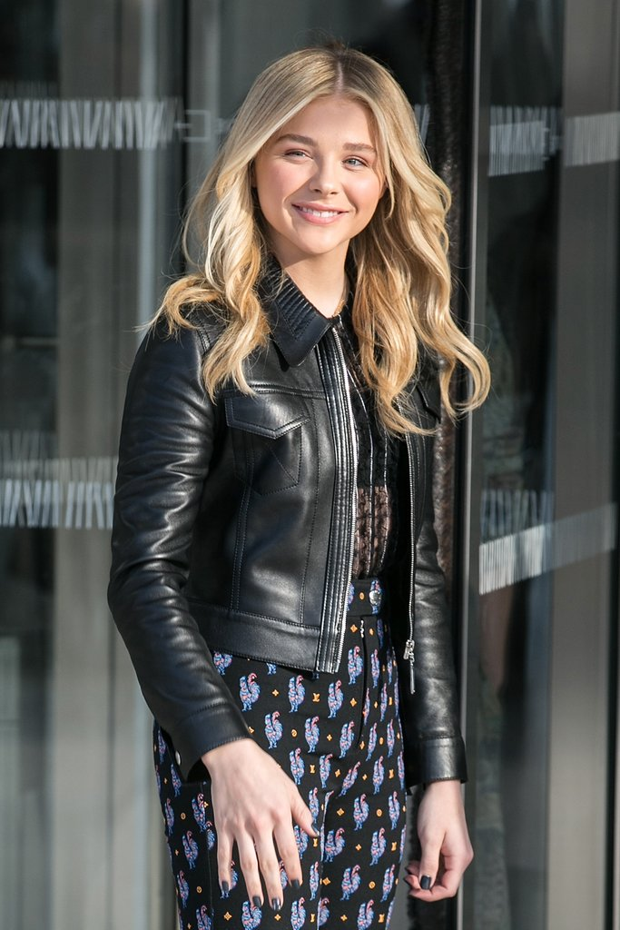 Chloe-Grace-Moretz-Smile-Pics