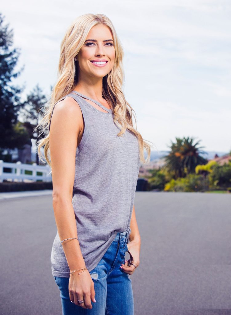 Christina-Anstead-Smile-Pictures