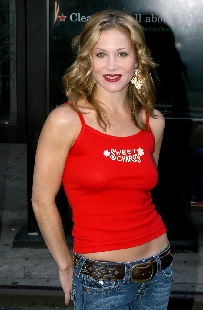 Christina-Applegate-Jeans-Wallpapers
