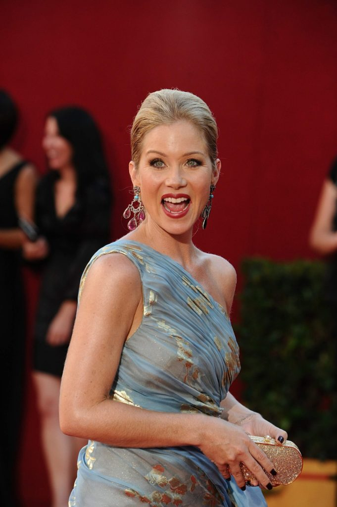 Christina-Applegate-Muscles-Images