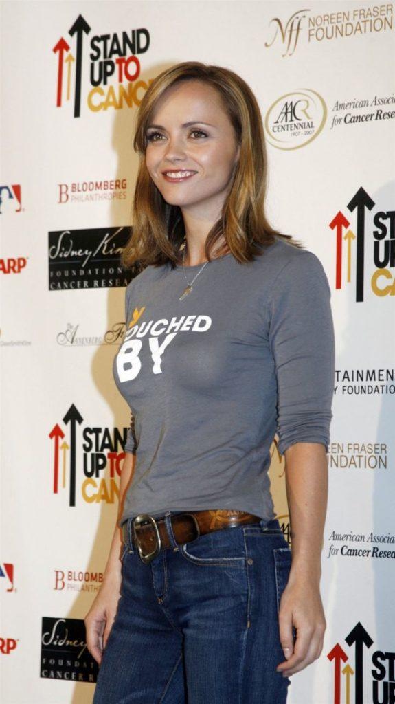 Christina-Ricci-Jeans-Pics