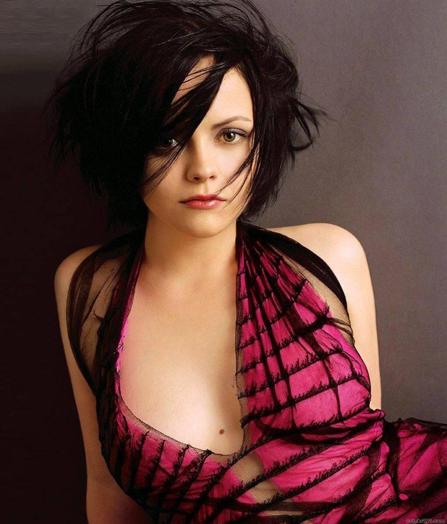 Christina-Ricci-Short-Hair-Pics
