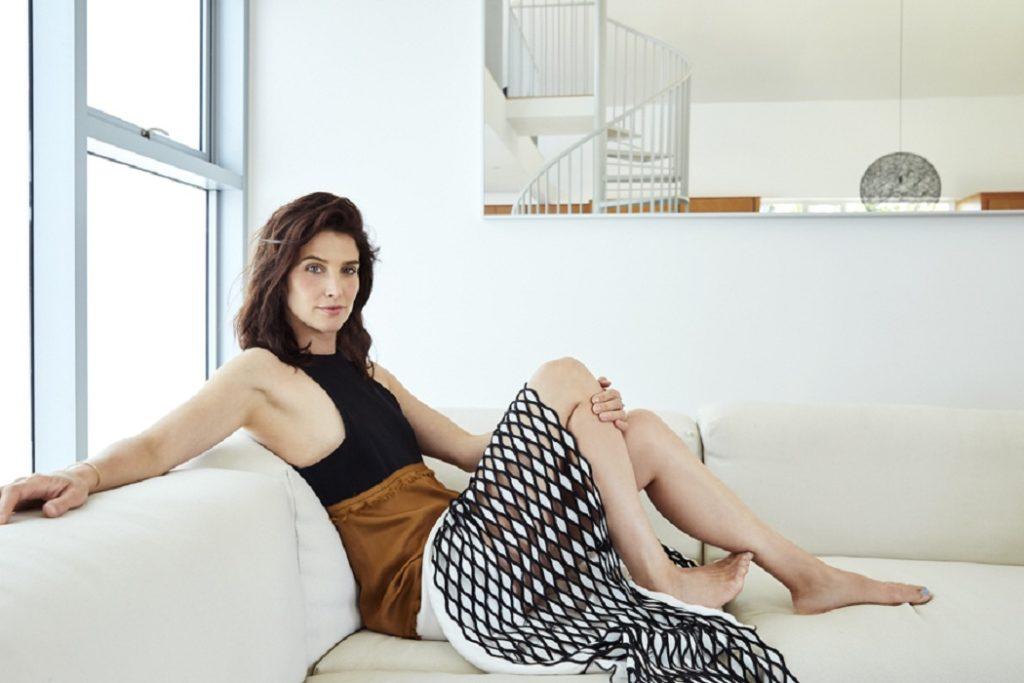 Cobie-Smulders-Armpits-Pics