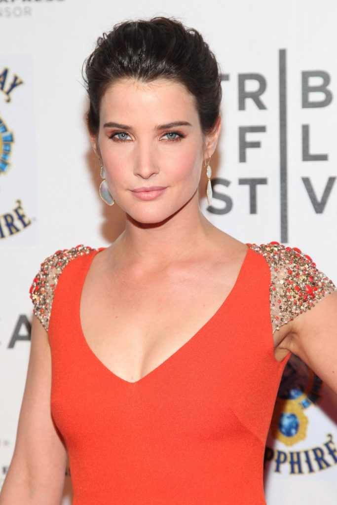 Cobie-Smulders-Hair-Style-Photos