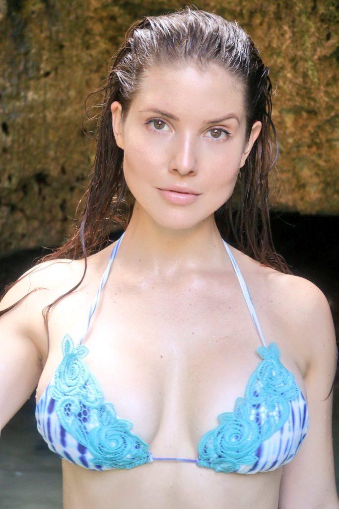 Amanda-Cerny-Bra-Wallpapers