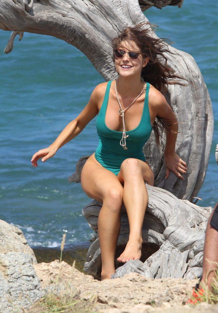 Amanda-Cerny-Sexy-Butt-Photos