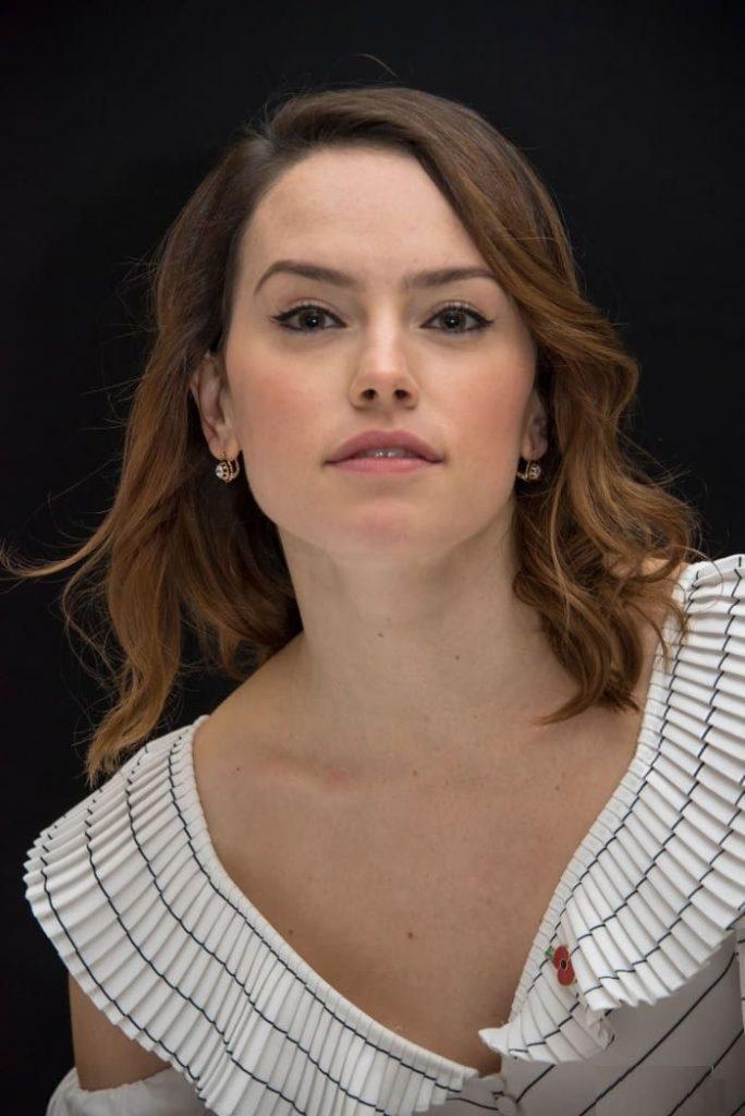 Daisy-Ridley-Hot-Photos