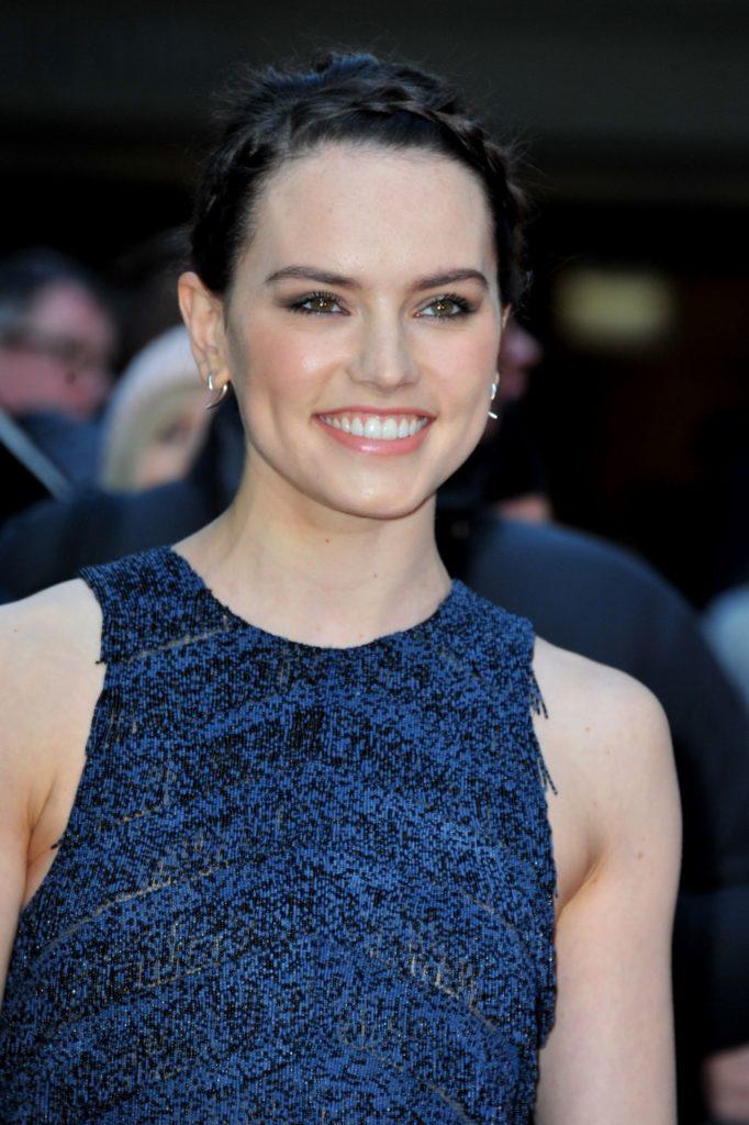 Daisy-Ridley-Makeup-Photos